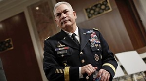 Pic 2. 4-star General_John_F._Campbell_ISAF